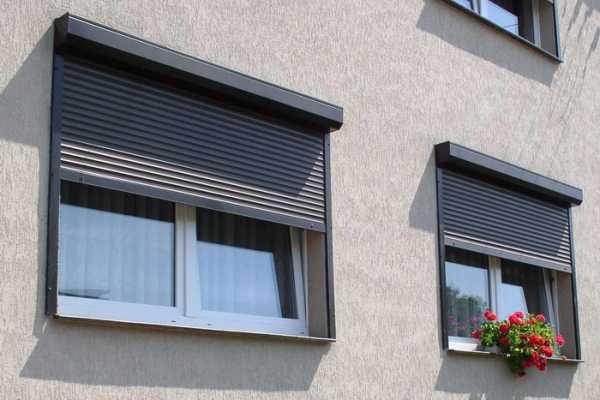 Обзор уличных рулонных штор для беседки, веранд и террас