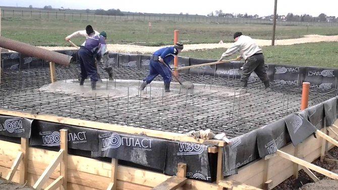 Заливка бетона в опалубку - технология бетонирования