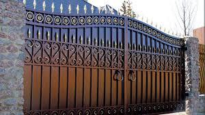 Как покрасить гаражные ворота своими руками, выбор состава и очистка поверхности. как покрасить металлические ворота своими руками? какой краской лучше покрасить железные ворота