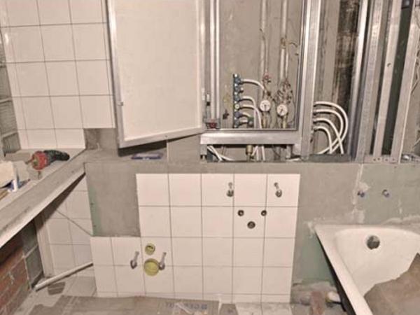 задняя стенка в туалете варианты