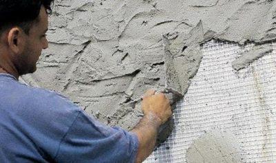 Толщина штукатурки стен: максимальный и минимальный слой разных растворов