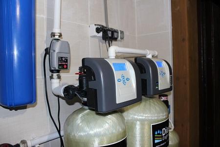 Что делать в случае если вода из скважины пахнет железом – - учебник сантехника