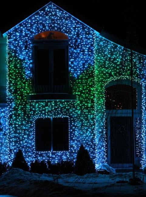 Как закрепить гирлянду на доме снаружи, новогодняя подсветка дома: варианты освещения зданий снаружи, как выбрать подсветку фасада, подключение и крепеж своими руками