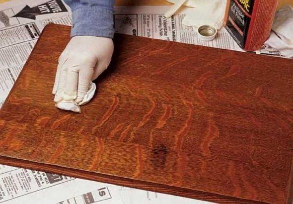 Как снять старый лак с деревянной поверхности?