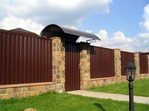 Проекты гаражей с навесом и хозблоком (49 фото): гаражные конструкции на 2 машины, планировка гаража из газобетона рядом с домом