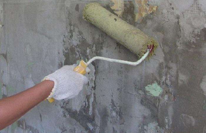 Подготовка стен под обои: как снять старые обои, выравнивание, шпаклевка, грунтовка (фото и видео)