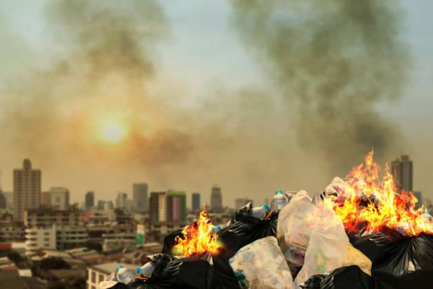 О чем гласит закон, можно ли сжигать мусор на своем участке в бочке | мк-союз.рф