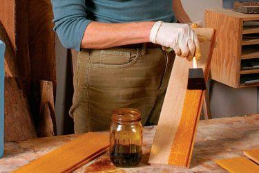 каким лаком покрыть деревянный стол