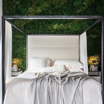 Зеленая стена из искусственных растений - преимущества и варианты создания