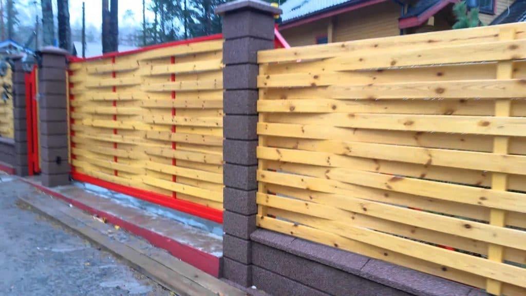 Плетеный забор - материалы для изготовления и технология