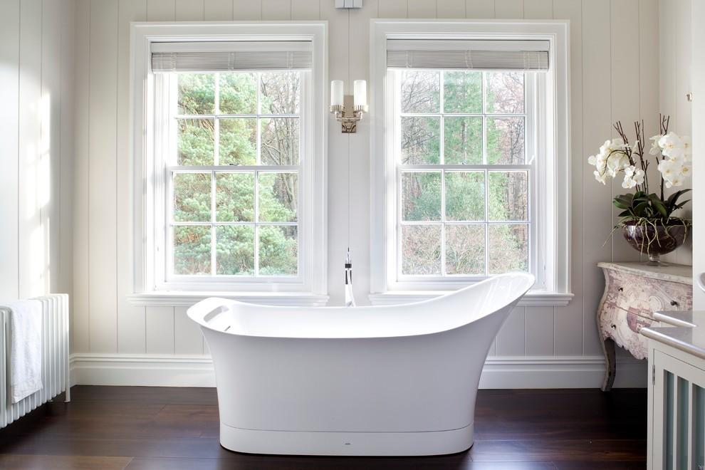 Вертикально сдвижные окна в интерьере дома