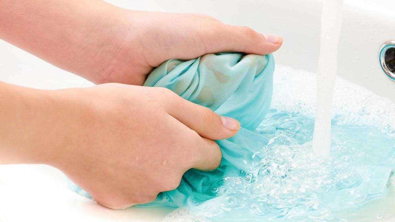 Как отстирать краску с одежды в домашних условиях (акриловую, акварельную, масляную)