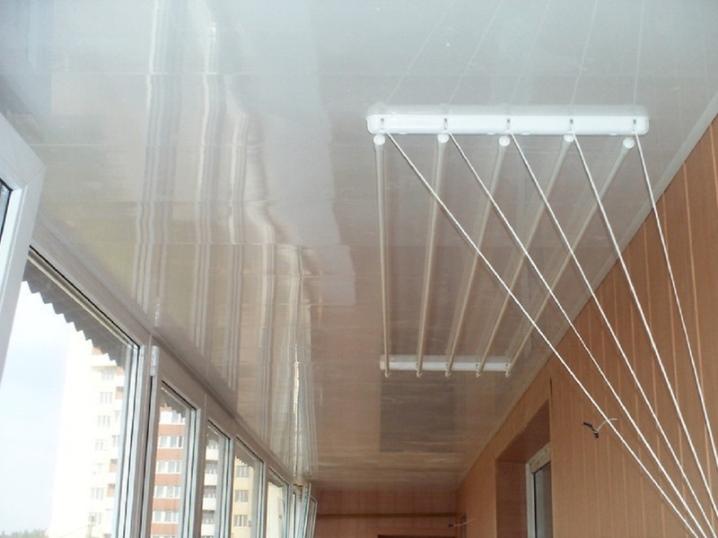 бельевая сушилка на балкон