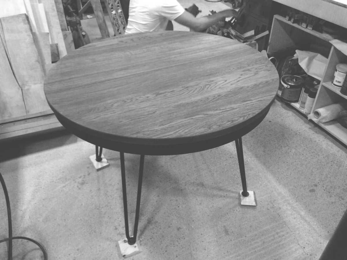 Круглый стол для кухни: разновидности, реальные фото примеры