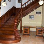 Деревянные лестницы - виды и особенности