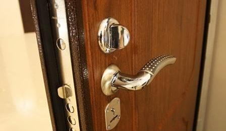 арматурные вставки для дверей
