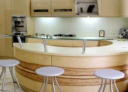 барная стойка из стекла для кухни