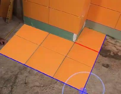 Как положить кафель на пол
