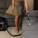 Чистка дивана на дому: цена чистоты и уюта?