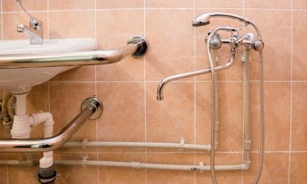 спрятать трубы в ванной