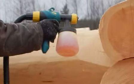 Обработка сруба антисептиком на период строительства