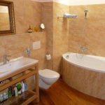 Как зрительно увеличить ванную комнату?