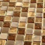 Стеклянная плитка: преимущества и эксплуатационные возможности