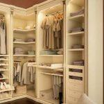 Как снизить стоимость гардеробной?