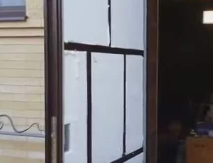 утеплить входные двери