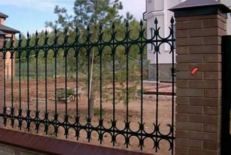 для частного дома забор