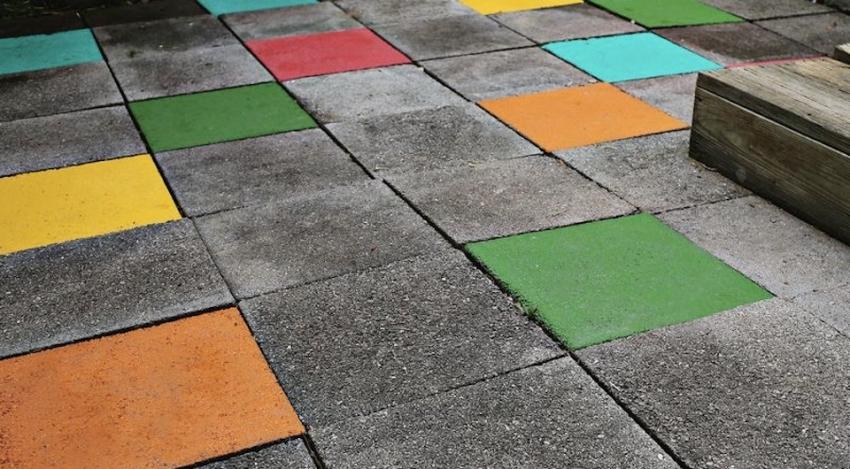 Окрашенный бетон