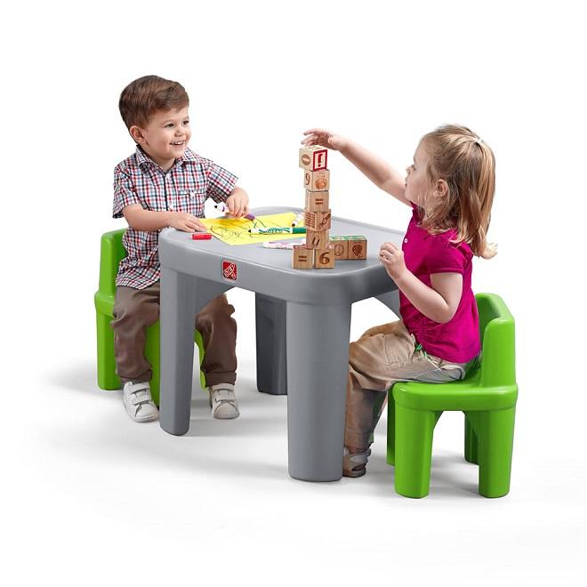 Детский стул и стол. Два в одном