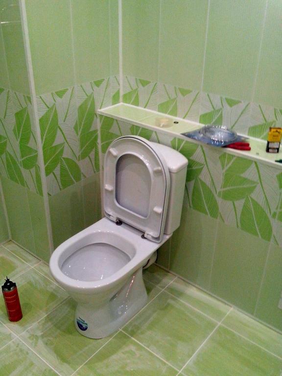 Как отделать туалет пластиковыми панелями