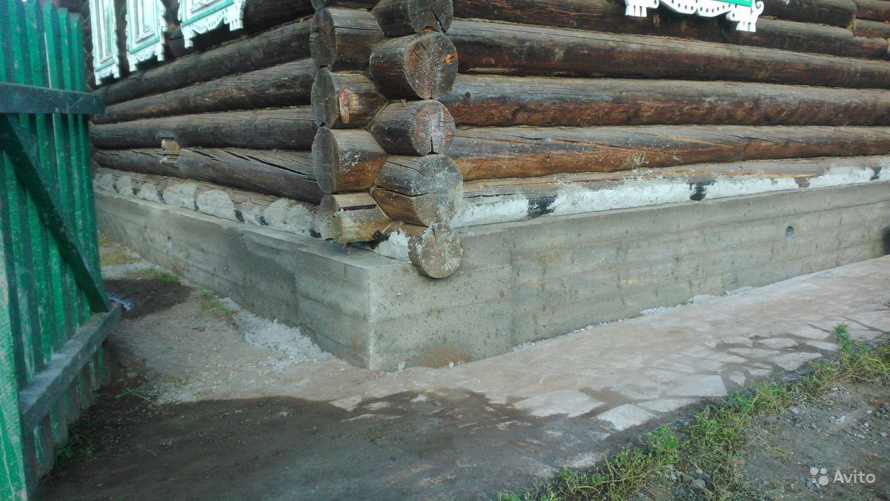 Ремонт фундамента деревенского дома