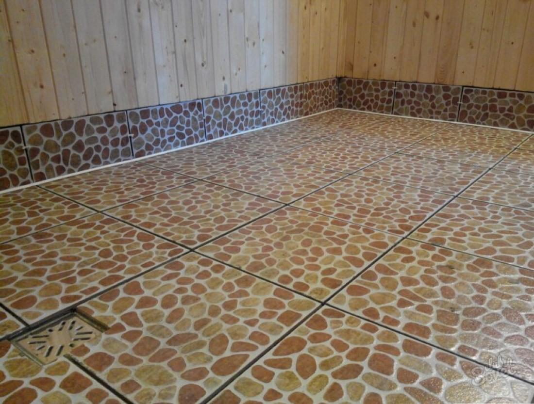 Керамическая плитка на полу бани