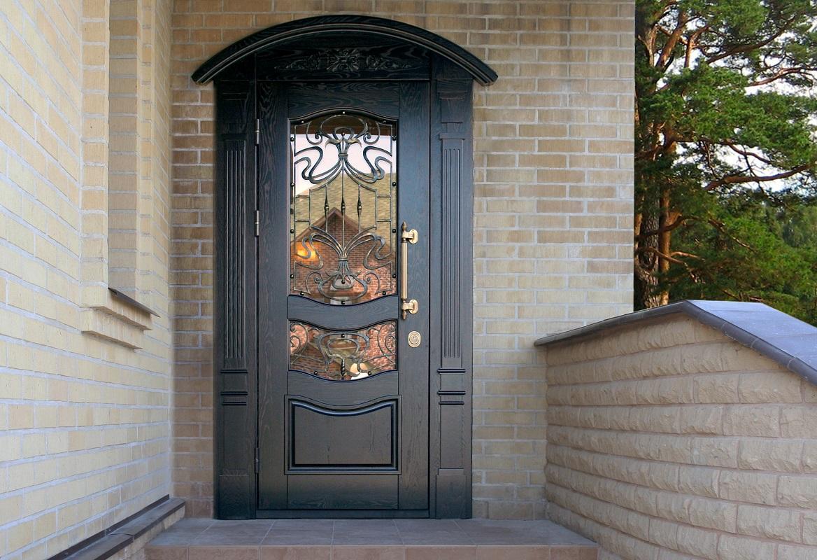 Красивая входная металлическая дверь