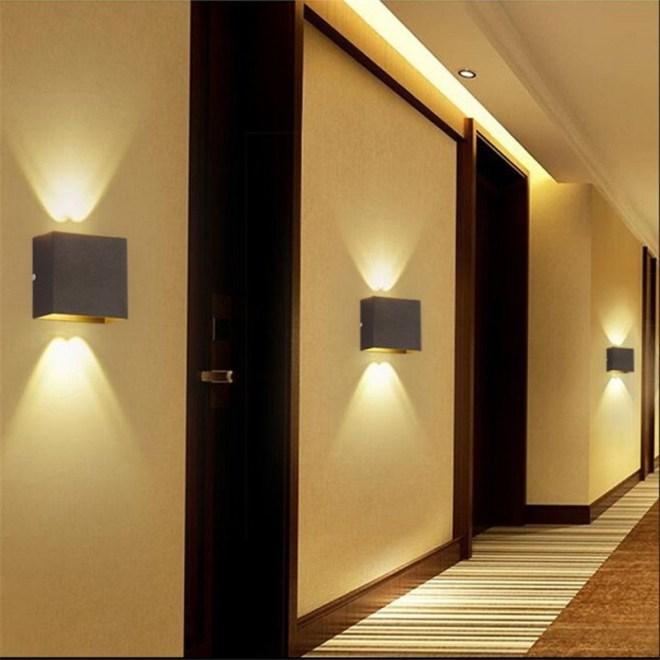 Освещение в прихожей: фото - какие светильники выбрать