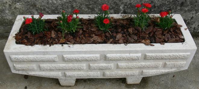 Вазоны для цветов уличные
