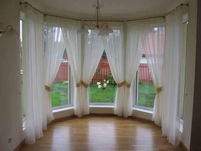 Эркерные окна и шторы для них