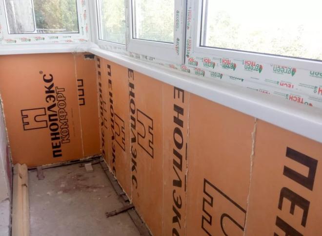 Как обшить балкон и лоджию пластиковыми панелями