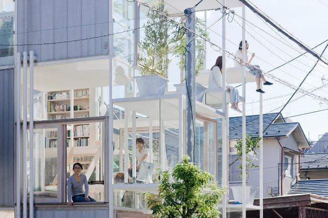 Прозрачный дом в Токио