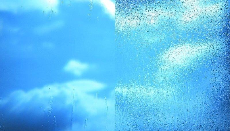 Самоочищающееся и обычное стекла