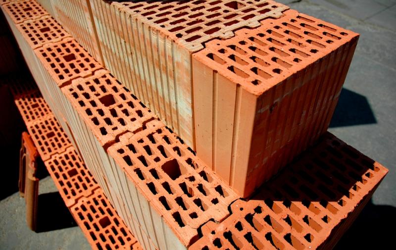 Керамические поризованные блоки