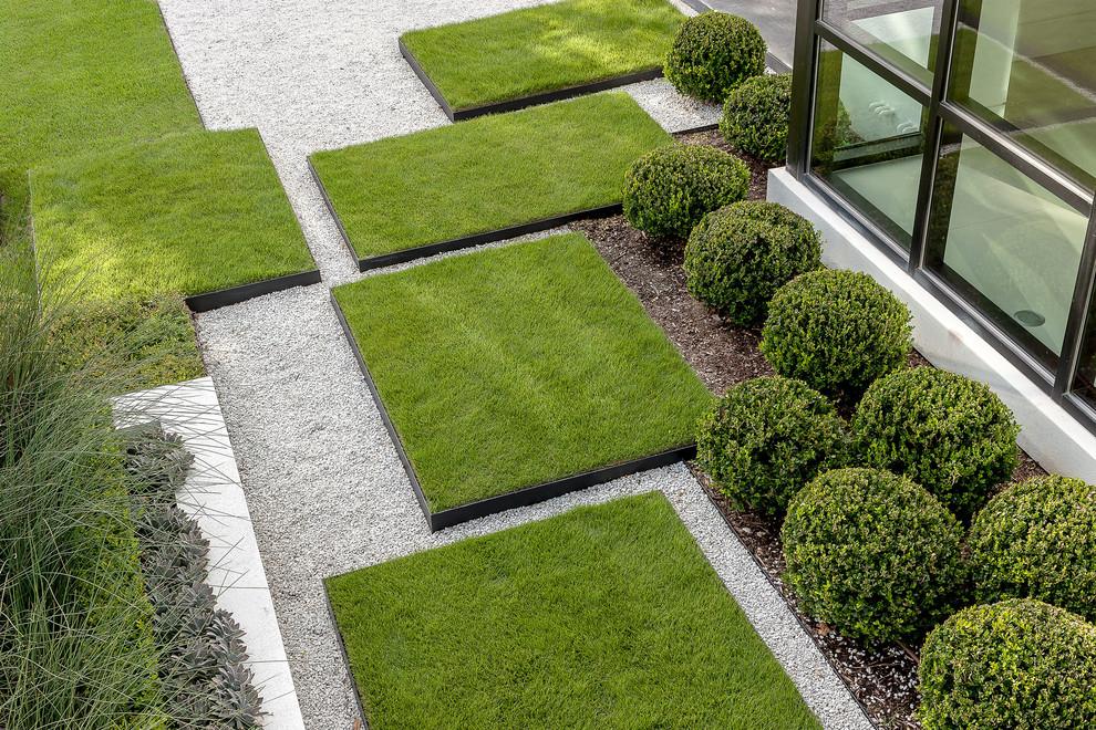 Как сделать газон на даче своими руками: инструкция по обустройству дачного участка
