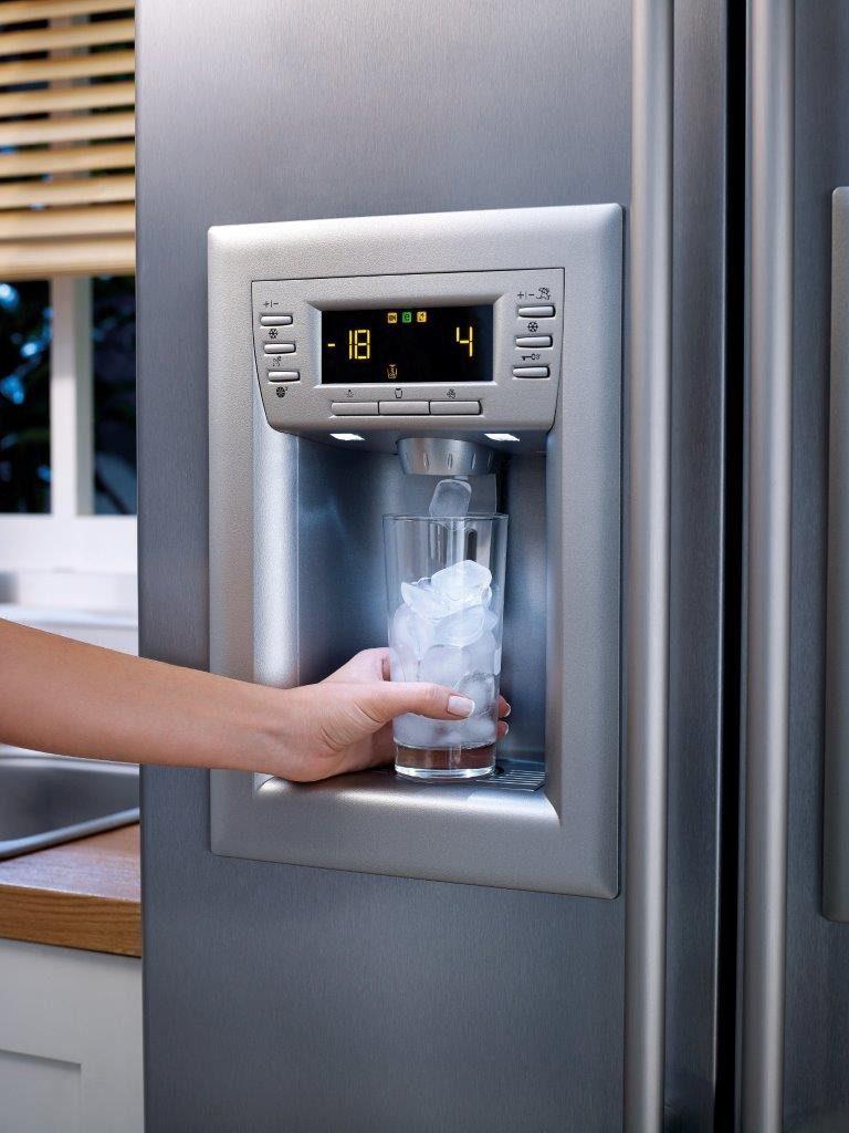 Как установить новый холодильник дома самому