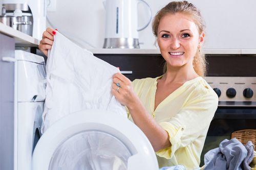 Как стирать тюль, шторы и вещи из органзы в машинке и вручную