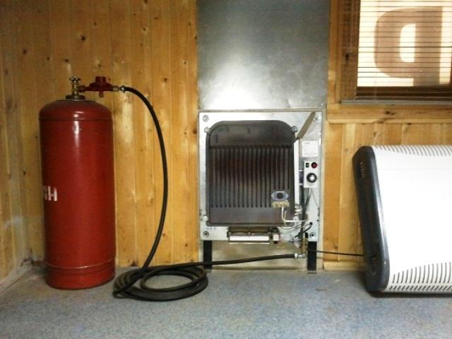 Отопление газовыми баллонами в частном доме: расход, схема подключения
