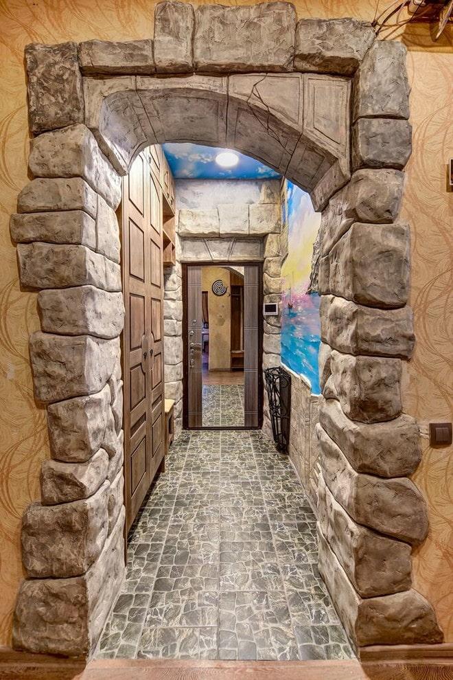 Самостоятельная отделка арок декоративным камнем: преимущества, варианты оформления, фото