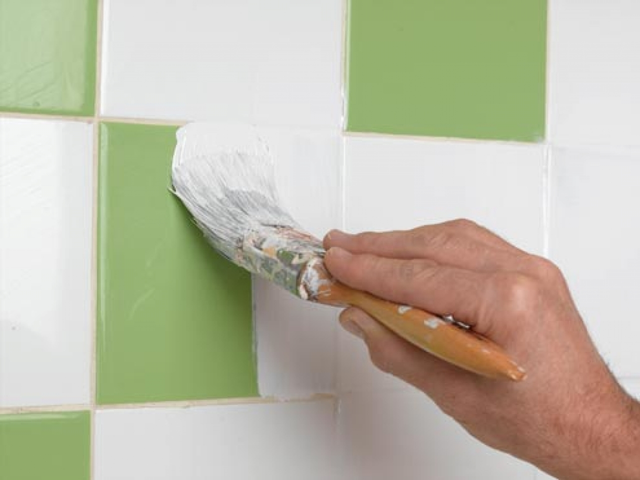 Краска для плитки в ванной: чем лучше красить? - все про керамическую плитку
