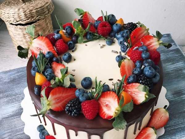 Украшение торта - простой мастер-класс как необычно украсить торт. красивые решения оформления своими руками + фото-обзоры